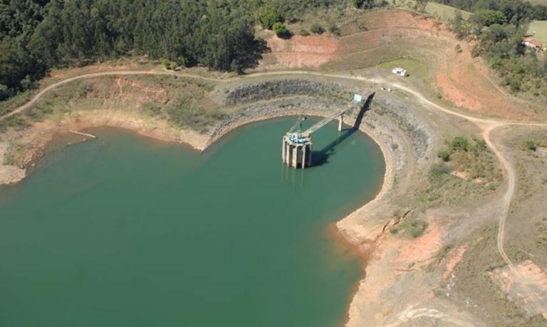 Reservatórios da Grande SP estão mais baixos do que em 2013